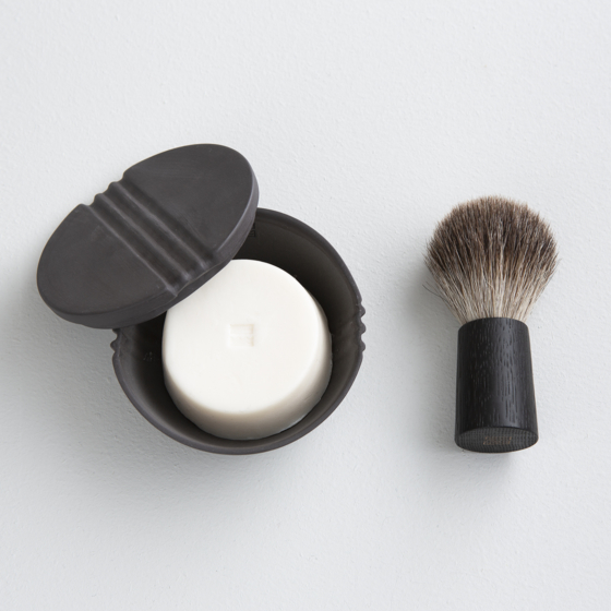 Fitjar Islands Shaving Soap Bowl x Rita Lysebo Egren & Badger Shaving Brush x Olav Eldøy | Anthracite + Black Oak